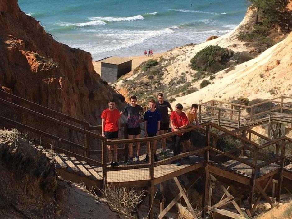 Even bijkomen na de duurloop over het strand